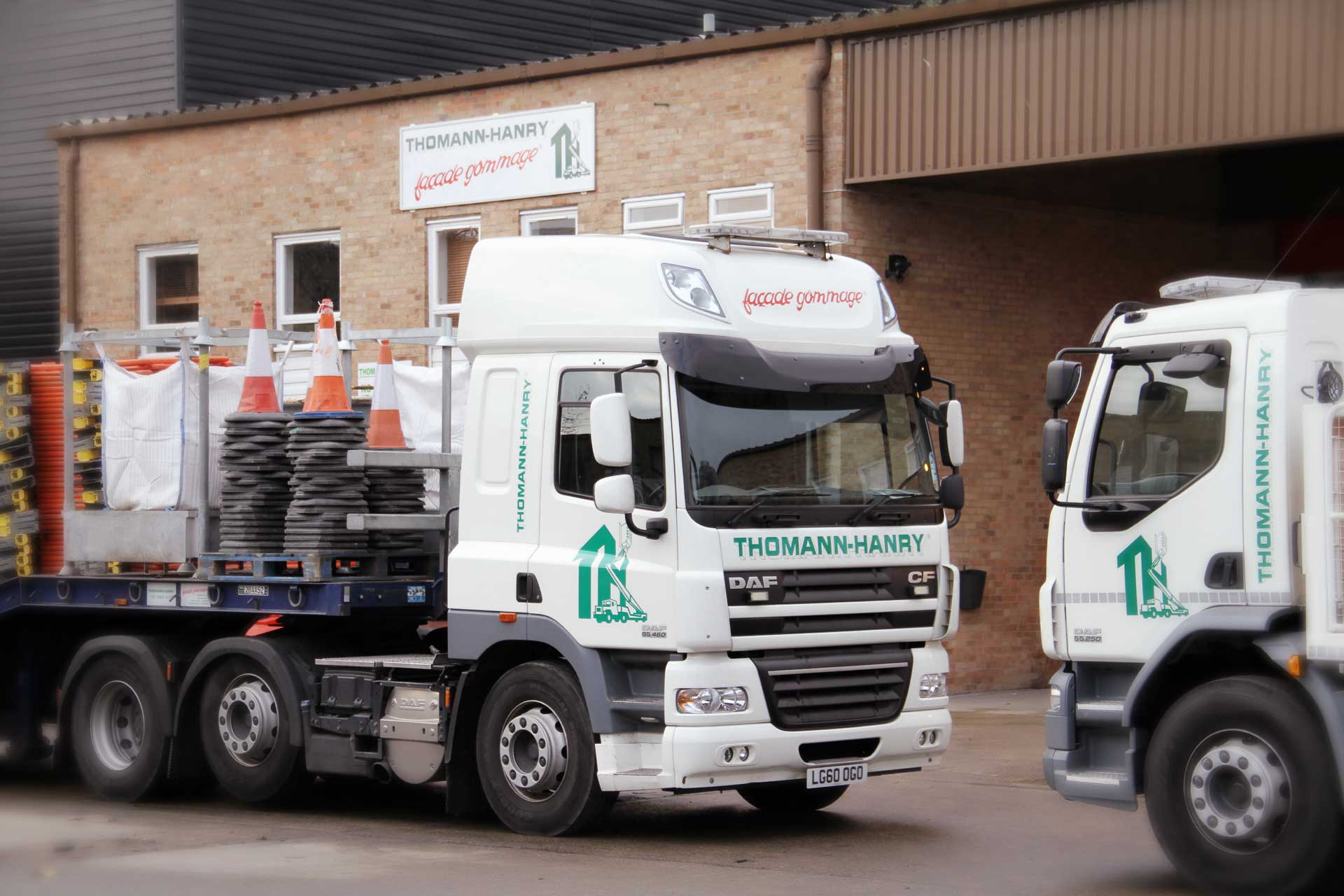 LG60 OGO Low Loader fleet