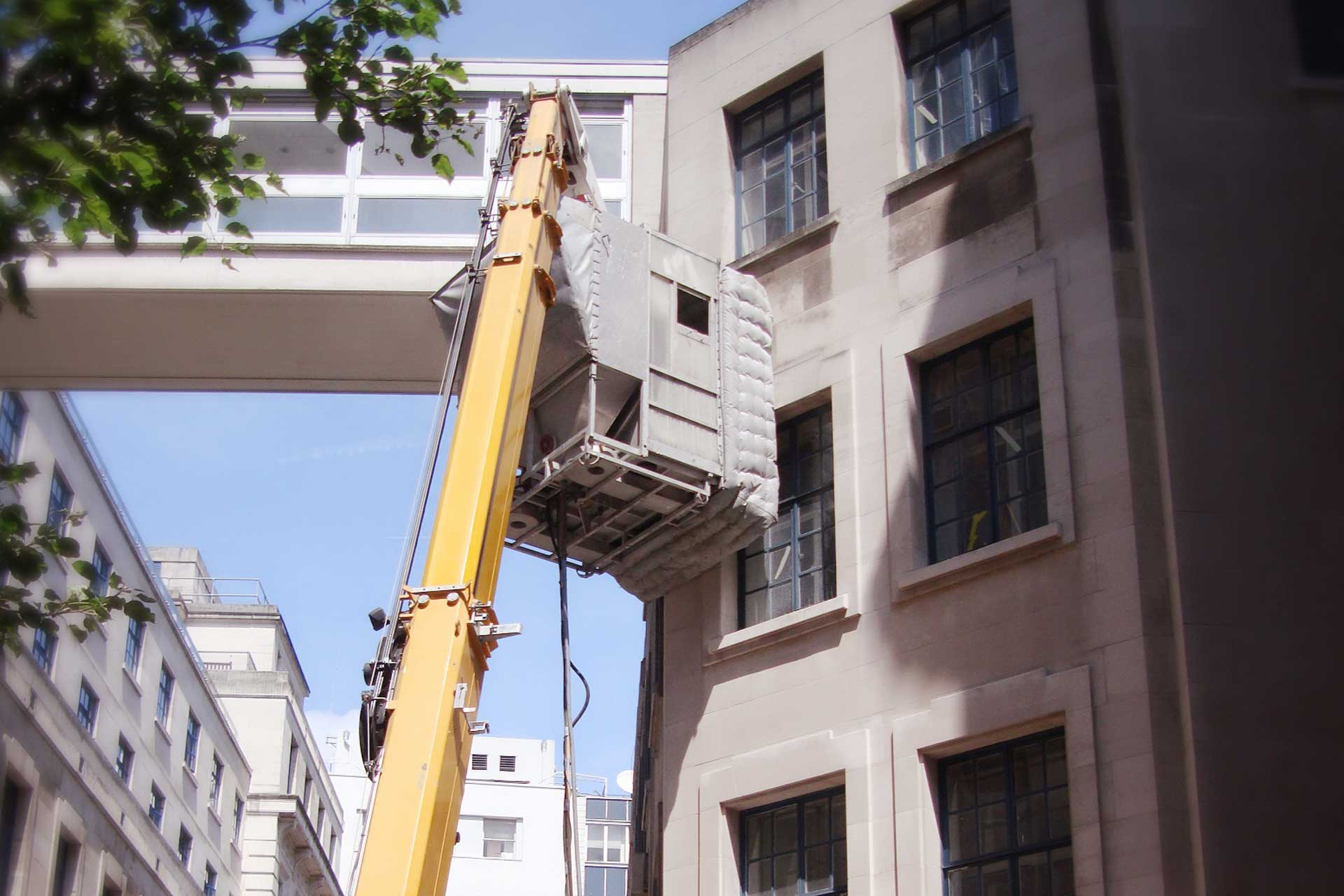 building cleaning experts