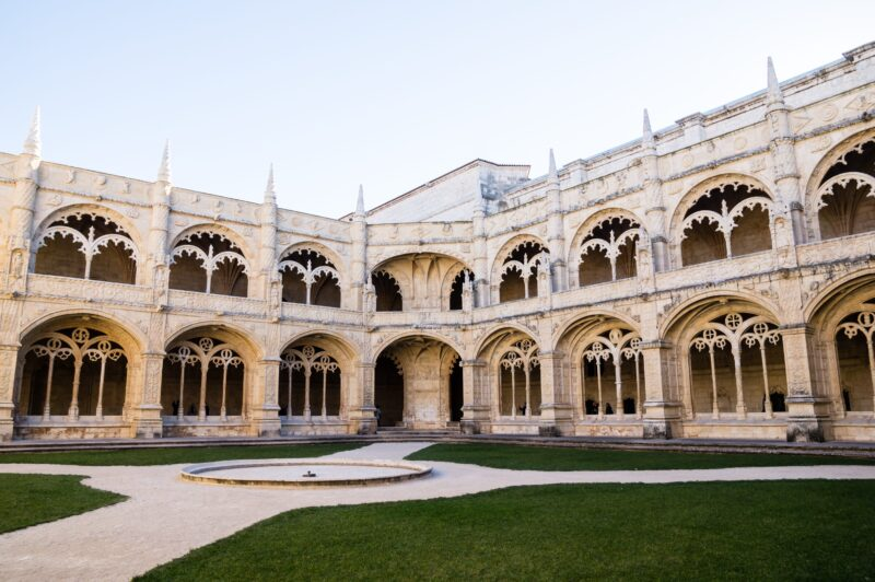 The_Cloister_of_Jeronimos_Monastery
