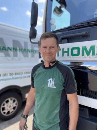 Marcin Hajduk, Thomann-Hanry