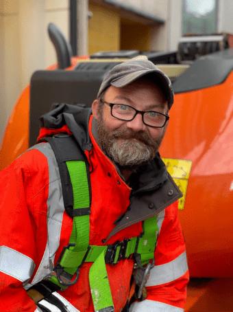 Russell Butler_ Painting Team Supervisor, Thomann-Hanry